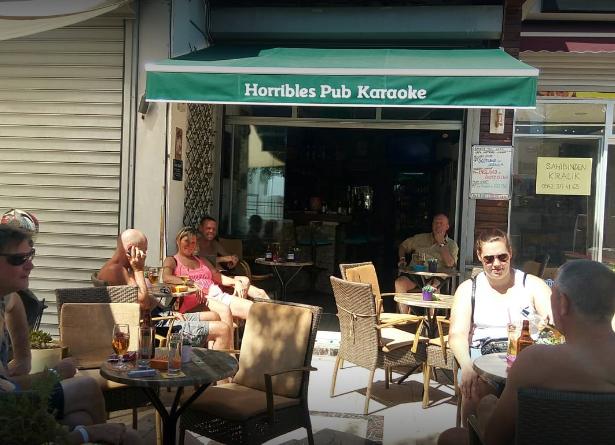 Horribles Pub Karaoke Gümbet