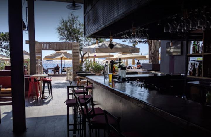 Bitez Temple Bar